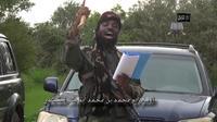 Capture d'écran réalisée le 24 août 2014 d'une vidéo diffusée par le groupe ismaliste nigérian Boko Haram montrant son leader Abubakar Shekau [ / Boko Haram/AFP/Archives]