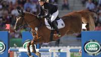 L'Allemande Sandra Auffarth sur sa monture Opgun Louvo au saut d'obstacles des jeux équestres mondiaux, le 31 août 2014 à Caen [ / AFP]