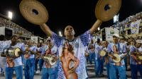 Des membres d'une école de samba lors des répétitions au Sambodrome de Rio le 23 février 2014 [Yasuyoshi Chiba / AFP]