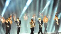 """Psy dance sur """"Gentleman"""" lors d'un concert à Séoul le 13 avril 2013 [Kim Jae-Hwan / AFP/Archives]"""