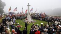Plusieurs milliers de personnes ont rendu hommage dimanche à Dieppe aux combattants alliés du raid du 19 août 1942, lors des cérémonies du 70e anniversaire de cette opération meurtrière qui servit de test avant le Débarquement du 6 juin 1944.[AFP]