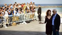 Les acteurs américains Susan Sarandon (g) et Richard Gere à l'inauguration du festival de Saint-Sébastien, le 21 septembre 2012 [ / AFP]