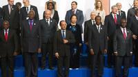Joseph Kabila,  Abdou Diouf, François Hollande et Alassane Ouatara le 13 octobre 2012 à Kinshasa [Bertrand Langlois / AFP]