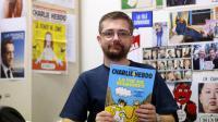 """Le directeur de l'hebdomadaire Charlie Hebdo Charb présente sa BD """"La vie de Mahomet"""", le 27 décembre 2012 à Paris [Francois Guillot / AFP]"""