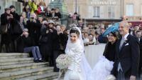 Adélaïde Drapé-Frisch arrivce en compagnie de son père et de  sa soeur, le 29 décembre 2012 à Nancy pour son marriage avec Christoph de Habsbourg-Lorraine [Jean-Christophe Verhaegen / AFP]