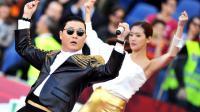 """Le Sud-coréen Psy chante son tube """"Gangnam style"""", le 26 mai 2013 au stade olympique de Rome [Filippo Monteforte / AFP]"""