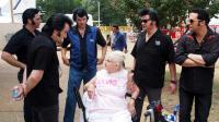 Les fans d'Elvis Presley affluaient cette semaine à Graceland.