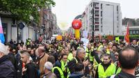 Des manifestations, en régions, qui se sont déroulées pour la plupart dans le calme, voire même dans une ambiance festive, comme ici à Lille.