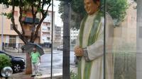 Une statue du prêtre Giuseppe Puglisi, assassiné par la mafia il y a 25 ans, photographiée le 14 septembre 2018 à Palerme en Sicile [Andreas SOLARO / AFP]