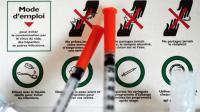 Un kit à destination des toxicomanes distribué dans un minibus de l'association Gaia Paris le 29 avril 2013 près de la gare du Nord à Paris [LIONEL BONAVENTURE / AFP/Archives]