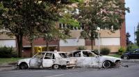Des voitures brûlées le 15 août 2012 dans une banlieue au nord d'Amiens, en France [Philippe Huguen / AFP/Archives]
