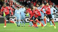 L'explosion de joie des Guingampais, vainqueurs de Monaco à l'issue des tirs au but en demi-finale de la Coupe de la Ligue, le 29 janvier 2019 au Roudourou [FRED TANNEAU / AFP]