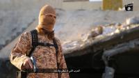 Photo extraite d'une vidéo diffusée par le groupe EI dans la province irakienne de Ninive le 30 janvier 2016, montrant un jihadiste parlant français  [HO / NINAVA MEDIA CENTRE/AFP]