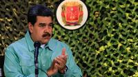Le président vénézuélien Nicolas Maduro lors d'exercices militaires, le 15 février 2019 à Caracas [HO / Venezuelan Presidency/AFP]