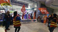 Manifestation de salariés de Carrefour en grève samedi matin 31 mars 2018 à Marseille  [BORIS HORVAT / AFP]
