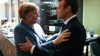 La chancelière allemande Angela Merkel (g) et le président français Emmanuel Macron, le 28 septembre 2017 à Tallinn [JANEK SKARZYNSKI / AFP]