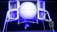 """Jeff Bezos présente son projet """"Blue Moon"""", le 9 mai 2019 à Washington [SAUL LOEB / AFP]"""