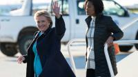 Hillary Clinton à l'aéroport de Cleveland (Ohio), le 6 novembre 2016  [Brendan Smialowski / AFP]