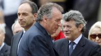 Jean-François Copé (G), François Bayrou (C) et Jean-Louis Borloo assistent le 11 juin 2013 à une cérémonie à Paris en hommage à l'ancien Premier ministre socialiste Pierre Mauroy [Charles Platiau / Pool/AFP/Archives]