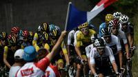 Le peloton du Tour de France près de Carcassonne, le 22 juillet 2018, pour une journée de repos avant l'assaut des Pyrénées  [Marco BERTORELLO / AFP/Archives]