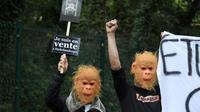 Manifestation à  Niederhausbergen, à proximité de Strasbourg pour réclamer la fermeture d'un centre universitaire de primatologie, qui réalise des études sur des singes, le 20 octobre 2019   [FREDERICK FLORIN / AFP]