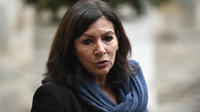 La maire de Paris a annoncé que des policiers municipaux équipés de matraques seraient déployés à Paris en 2020.