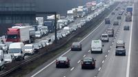 La vitesse n'est pas limitée sur 62 % du réseau autoroutier allemand, mais seulement sur 45 % en tenant compte des limitations temporaires de vitesse en cas de travaux ou de mauvaise météo.