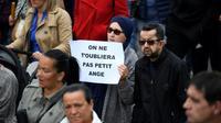 Des personnes participent à une marche blanche à Lorient, le 13 juin 2019, en hommage au garçon de 10 ans tué par un chauffard [Damien MEYER / AFP]