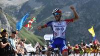Le Français Thibaut Pinot franchit en vainqueur l'arrivée de la 14e étape du Tour de France, au sommet du Tourmalet, le 20 juillet 2019  [Anne-Christine POUJOULAT / AFP]