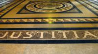 """Le tribunal des affaires de sécurité sociales (Tass) de Clermont-Ferrand a reconnu la """"faute inexcusable"""" de la société de fabrication et de maintenance d'ascenseurs Otis, à la suite du suicide de l'un de ses salariés en 2009 [Jacques Demarthon / AFP/Archives]"""