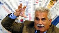 Severino Antinori, un spécialiste de la fertilité qui prétend avoir cloné trois bébés, à Rome le 5 mai 2004 [PAOLO COCCO / AFP/Archives]