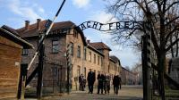 L'ancien camp de concentration d'Auschwitz, à Oswiecim en Pologne, le 18 novembre 2013, lors d'une visite du secrétaire général des Nations Unies, Ban Ki-moon  [Bartosz Siedlik / AFP]