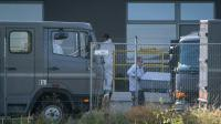 Les cercueils des migrants retrouvés morts dans un camion, transportés le 28 août 2015 à Nickelsdorf  [Vladimir Simicek / AFP]