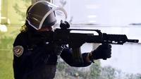 Les policiers doivent pouvoir riposter aux armes de guerre utilisées contre eux.