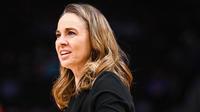 Becky Hammon officie actuellement comme assistante de Gregg Popovich aux Spurs de San Antonio.