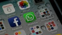 Quatre Français sur cinq utilisent chaque mois au moins un réseau social, Facebook, YouTube et Twitter arrivant en tête des audiences, selon le bilan annuel présenté jeudi par Médiamétrie. [JUSTIN SULLIVAN / GETTY IMAGES NORTH AMERICA/AFP/Archives]