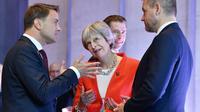Les Premiers ministres luxembourgeois Xavier Bettel, britannique Theresa May et slovaque Peter Pellegrini lors du sommet de l'UE à Salzbourg, le 20 septembre 2018 [JOE KLAMAR / AFP/Archives]