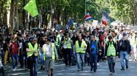 """Des """"gilets jaunes"""" manifestent à paris, le 1er juin 2019 à Paris [FRANCOIS GUILLOT / AFP]"""