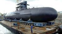 Le Scorpène est un sous-marin d'attaque conventionnel, fabriqué par les chantiers français DCNS, ici à Cherbourg le 21 octobre 2003 [MYCHELE DANIAU / AFP/Archives]