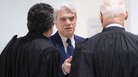 Cinq ans de prison ferme ont été requis contre Bernard Tapie pour «escroquerie» dans l'affaire de l'arbitrage controversé de 2008.