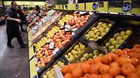 Les fruits et légumes bio restent en moyenne 79 % plus coûteux que leurs équivalents en agriculture conventionnelle.