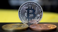 Des centaines de millions de dollars en cryptomonnaies se sont retrouvés bloqués.