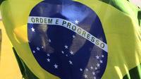 La justice de l'Etat du Goias, dans le centre-ouest du Brésil, a condamné les jumeaux à payer chacun une pension alimentaire mensuelle de 299,40 réais, soit environ 69 euros.