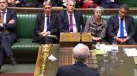 Les députés britanniques ont voté lundi soir contre les quatre options alternatives à l'accord de Brexit conclu par la Première ministre Theresa May avec Bruxelles.