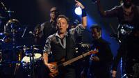Le chanteur Bruce Springsteen en concert à New York le 12 décembre 2012 [Don Emmert / AFP/Archives]