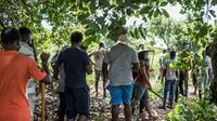 """Des participants à """"l'AgroBootCamp"""", le 16 avril 2019 à Tori-Bossito, au Bénin [Yanick Folly / AFP]"""