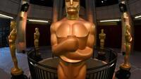 Des statues représentant les Oscars du cinéma, à Hollywood, le 25 février 2017 [Mark RALSTON / AFP/Archives]