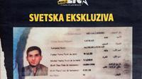 """Photo de la couverture du magazine serbe """"Blic"""" qui a publié le 15 novembre 2015 une photo du passeport syrien découvert par la police à Paris  [ANDREJ ISAKOVIC / AFP]"""