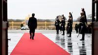François Hollande, attendant l'arrivée de leaders des principales économies européennes, à Versailles, le 6 mars 2017 [Martin BUREAU / POOL/AFP/Archives]