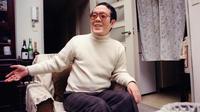 Issei sagawa dans son appartement à Yokohama en 1992.